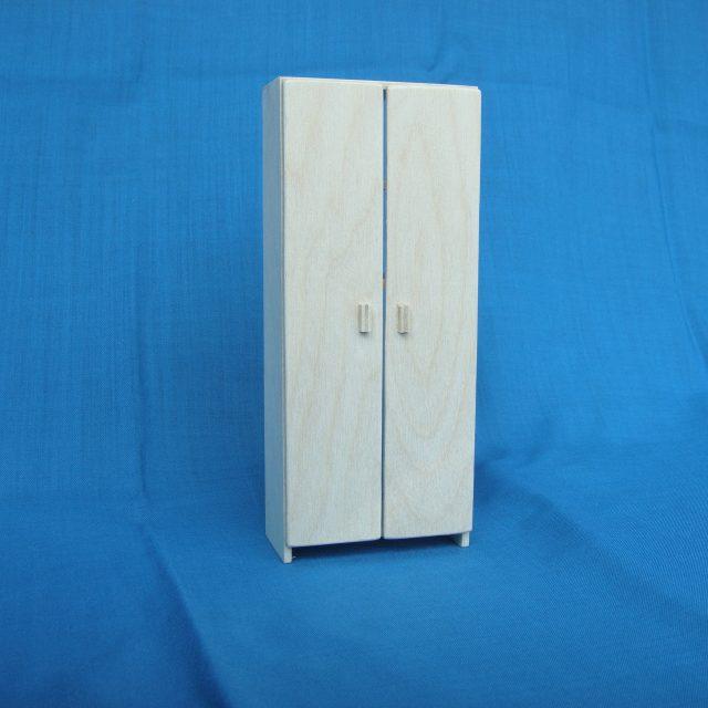 poppenhuis 2-deurs garderobekast: STRANG € 10,00